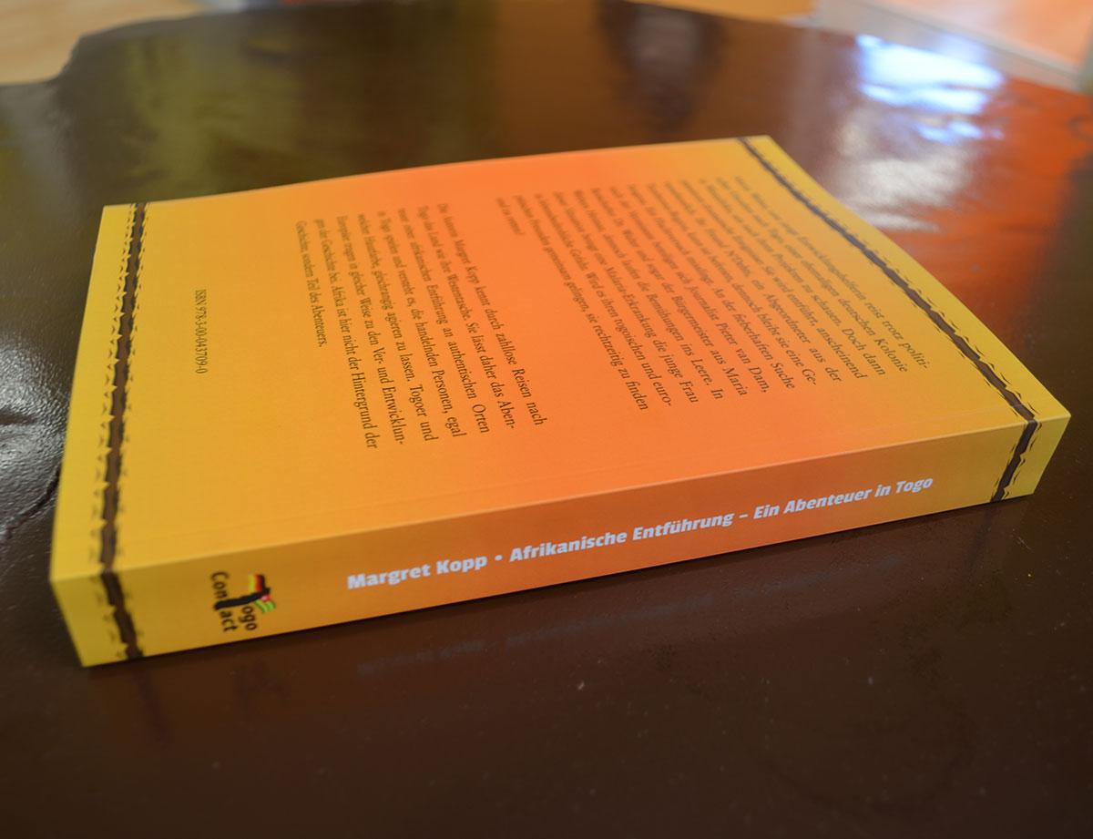 Afrikanische Entführung - ein Abenteuer in Togo - Backcover und Rücken