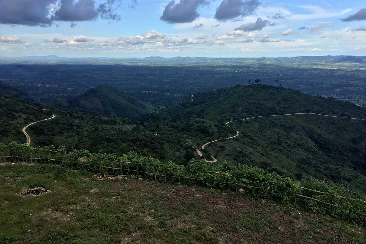 Blick vom Plateaux in die Ebene